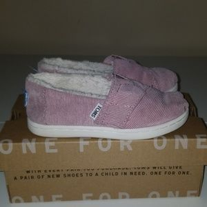 Classic Faded Rose Corduroy/Faux Shearling TOMS